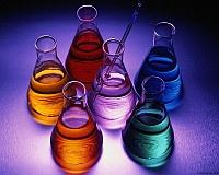 immagine di prodotti chimici in ampolle